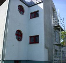 Čištění fasády od řas